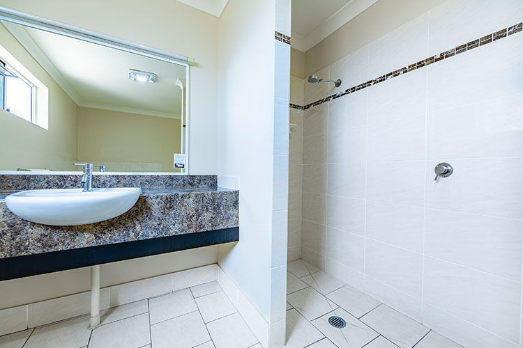 Executive-King-Spa-Suite-4